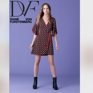 🆕DVF Cinnamon Tulip sleeves Mini Wrap Dress Red